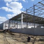 Trwa budowa centrum logistycznego Mercedes-Benz